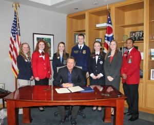 Governor Kasich issues resolution promoting Ohio career tech